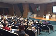 TAEs da UTFPR da região oeste dialogam com a população e com a comunidade acadêmica